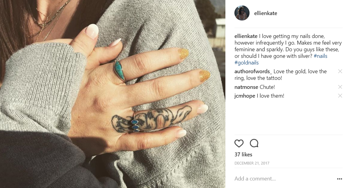 Ellie's day 4 Instagram post of her acrylic nails.